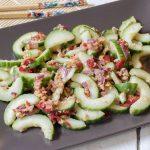 Pinda komkommer salade-s