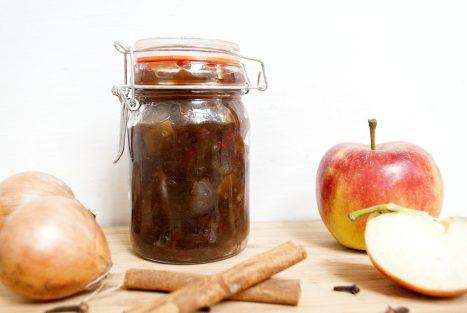 Pittige appel-uien chutney-header-s